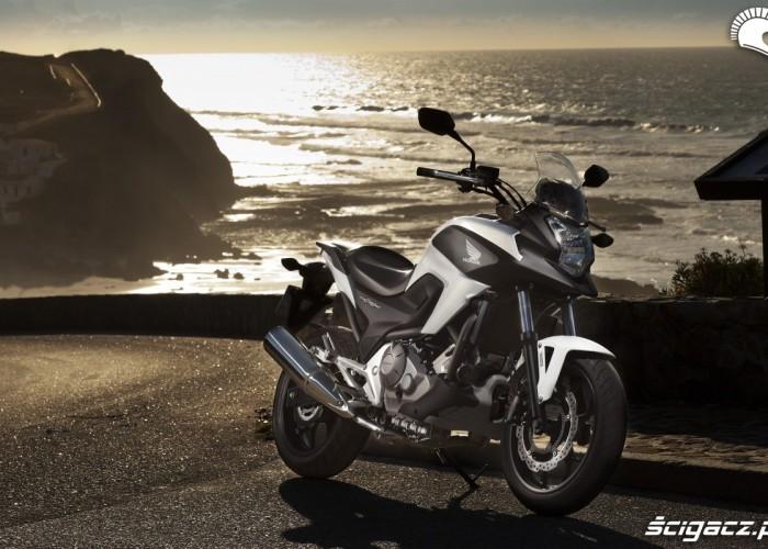 Nad morzem Honda NC700X YM 2012