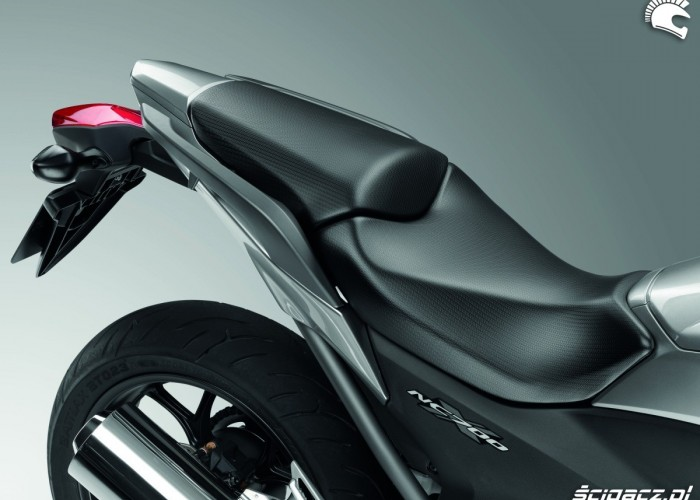Siodlo Honda NC700X