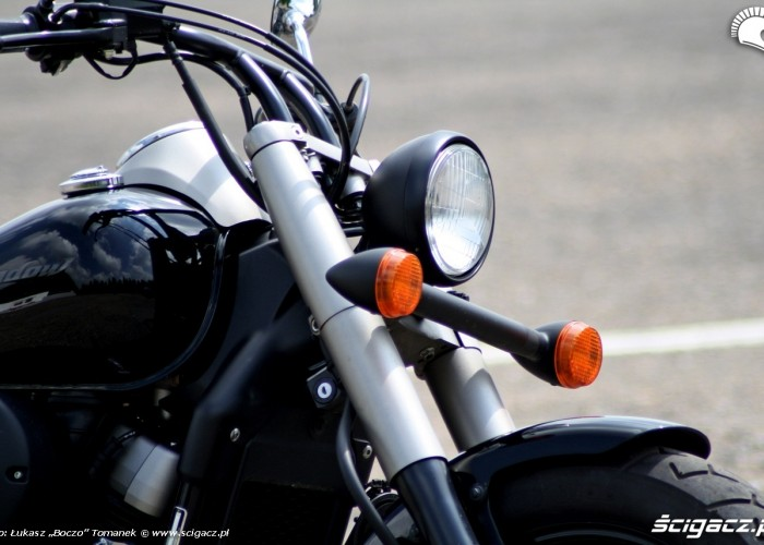 Honda Shadow Black Spirit lampa
