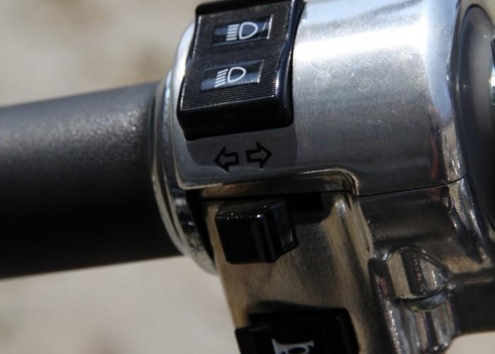 Honda VT750S przelaczniki 2
