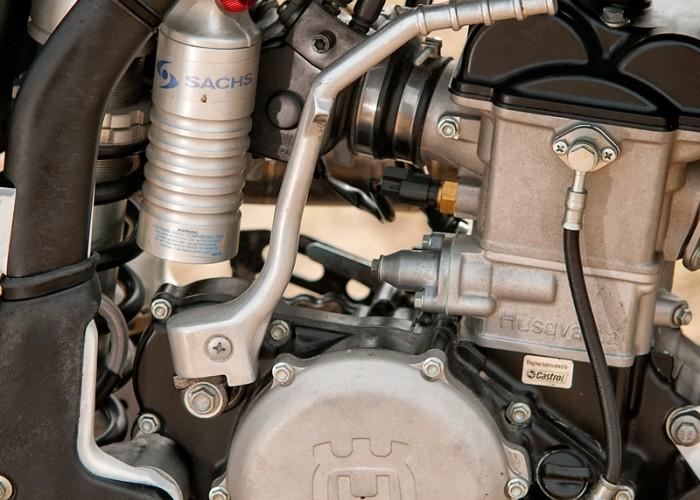 husqvarna tc250 silnik sachs