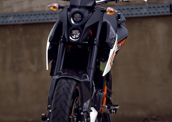 przednia czesc motocykla duke 690 ktm test a mg 0026