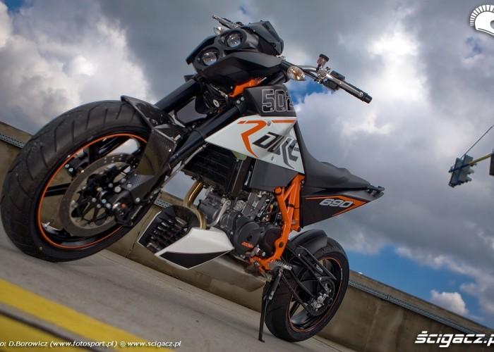 przod motocykla duke 690 ktm test a mg 0132