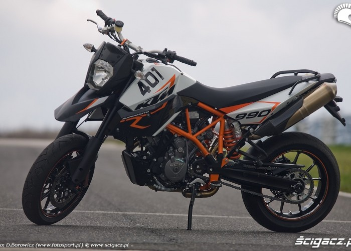 supermoto ktm 990 r 2010