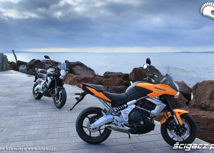 Kawasaki Versys 2010 prawa strona