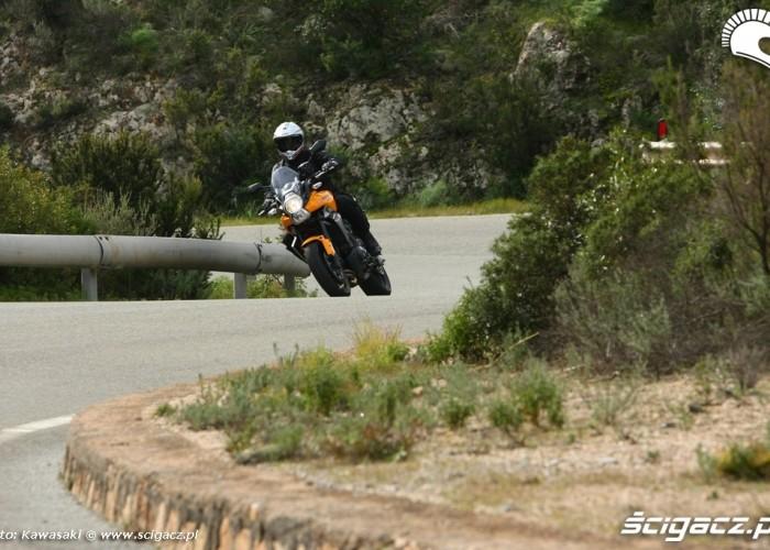 Kawasaki Versys 2010 zmiana kierunku