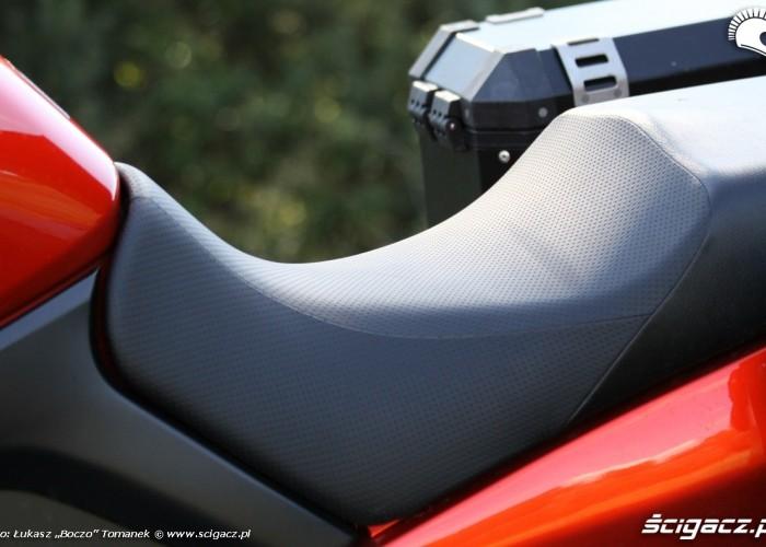 kanapa Suzuki DL650 test