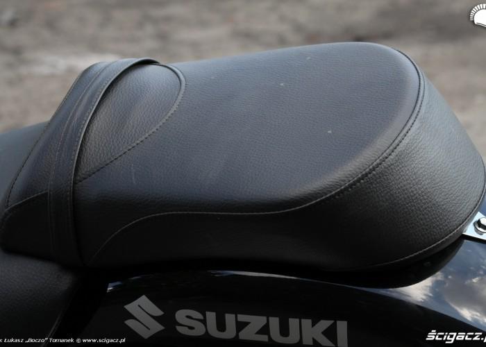 siedzenie pasazera Suzuki Intruder C1800R
