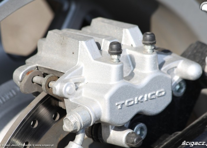 zacisk tokico Suzuki Intruder C1800R