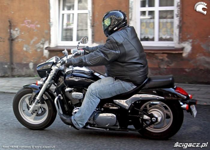 Suzuki Intruder M800 black betty