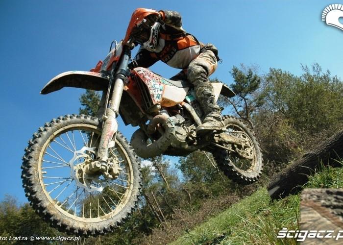 KTM EXC250 2010 skok