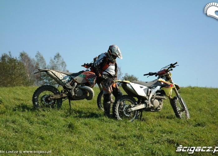 Suzuki RMX450Z i KTM