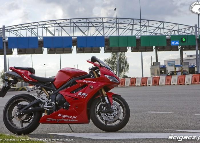 autostrada daytona 675 triumph test 2009 f mg 0229