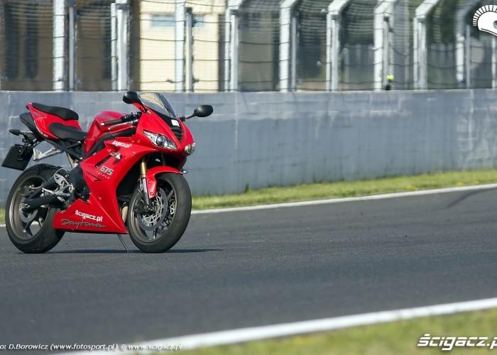 motocykl daytona 675 triumph test 2009 f mg 0024