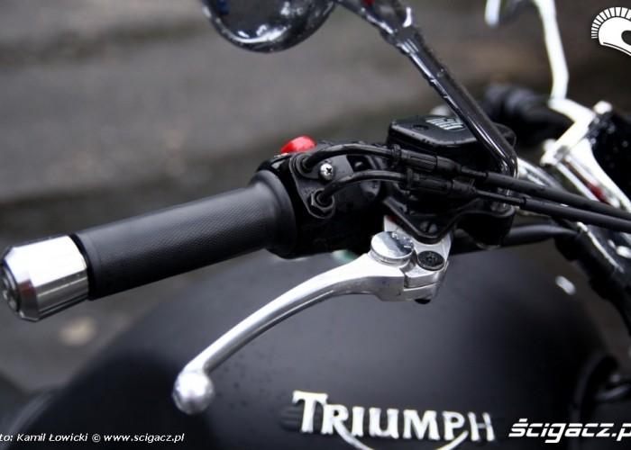 Triumph Rocket III Roadster hamulec