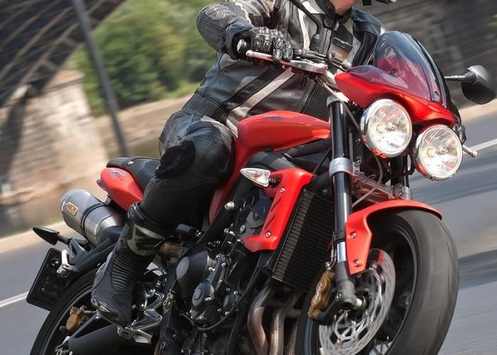 motocykl w zlozeniu street tripple r triumph test 0181
