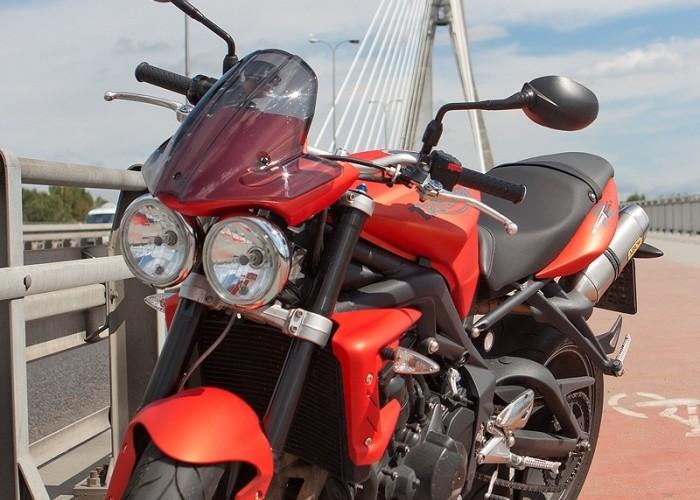 motor street tripple r triumph test 0030