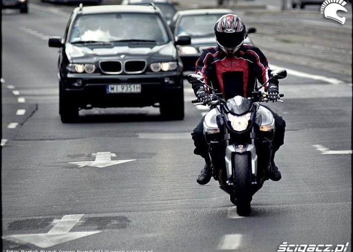 suzuki bking na ulicy
