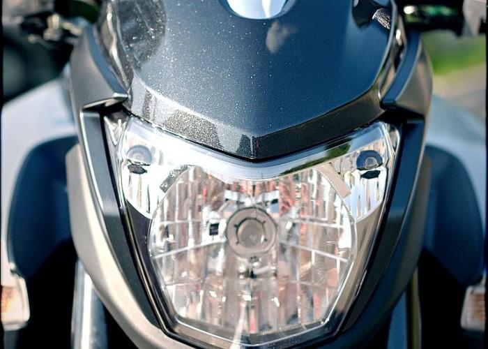 suzuki bking przednia lampa