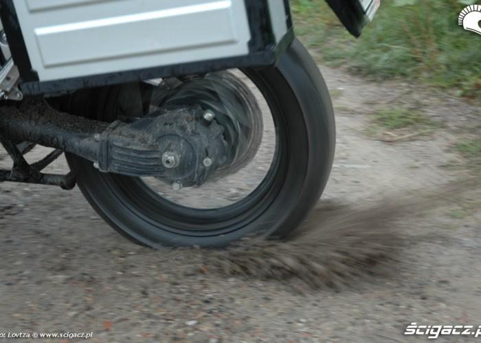 kontrola trakcji Yamaha XT1200Z Super Tenere