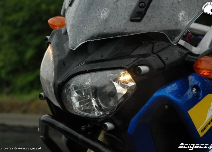 przednia lampa bez oslony Yamaha XT1200Z Super Tenere