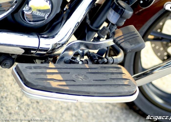 Yamaha XVS950 statyka pedal hamulca