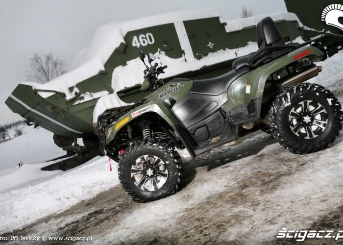 quad arctic-cat i czolg