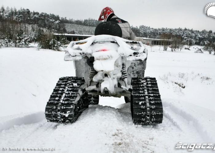 Can-Am BRP po jezdzie w sniegu