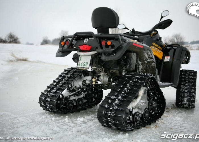 Can-am Outlander test gasienic BRP Apache