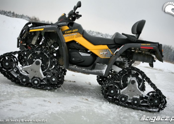 Can-am outlander gasienice BRP Apache