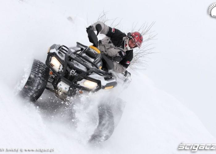 Can Am BRP Zabawa w sniegu