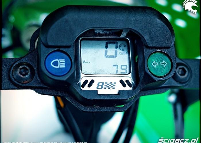 Kawasaki KFX450R licznik