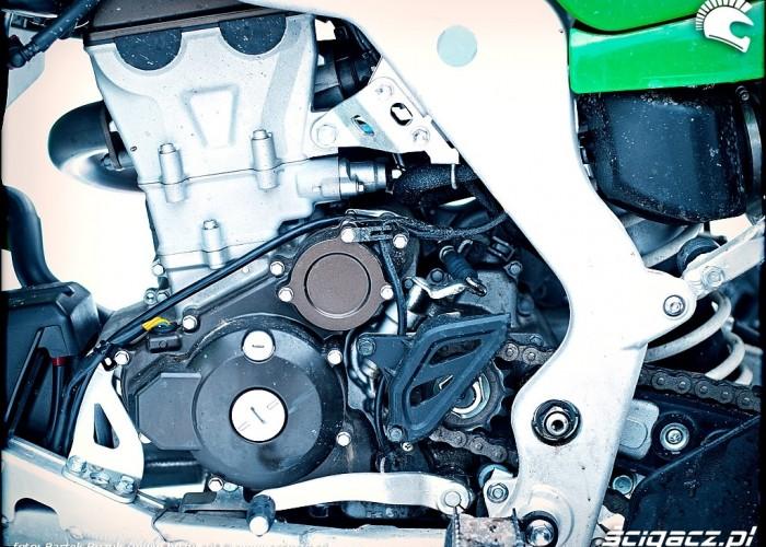 Kawasaki KFX450R maszynownia