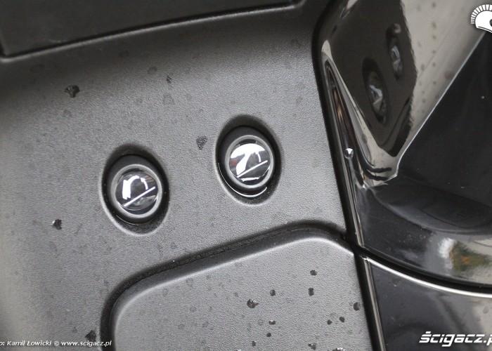 Otwieranie bagaznikow Peugeot Metropolis 400i