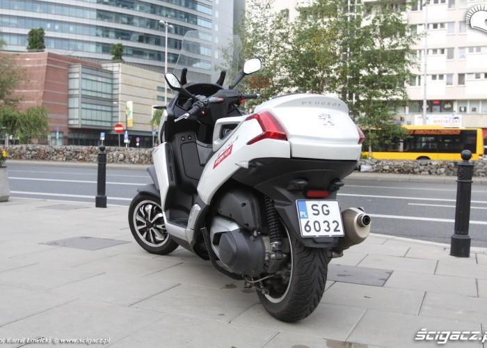 Peugeot Metropolis 400i 2014 od tylu