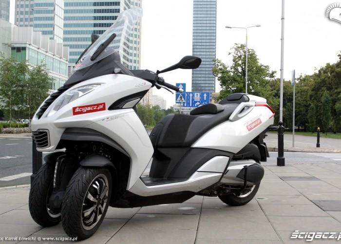 Warszawa Peugeot Metropolis 400i 2014