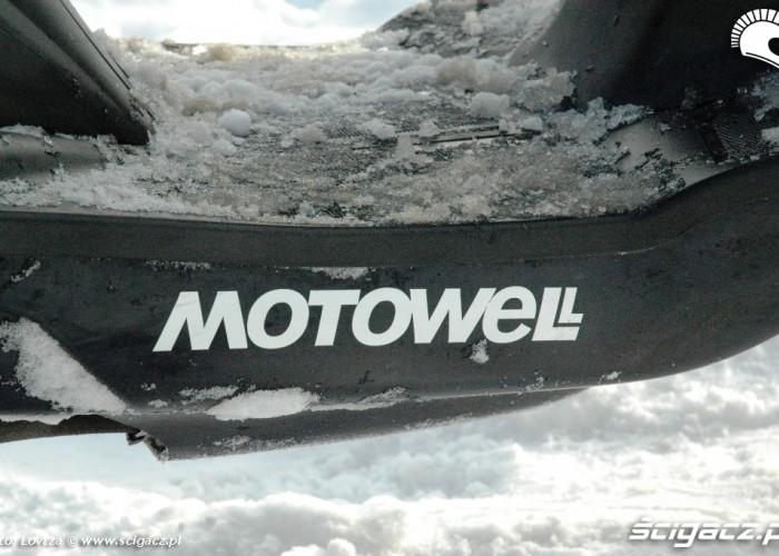 Motowell podloga