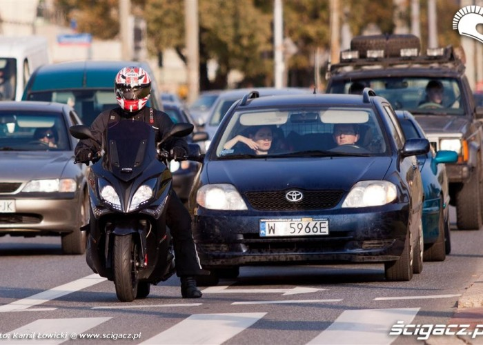 ruch uliczny kymco xciting stop