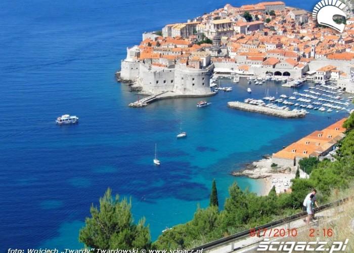 Dubrovnik,perla poludnia,pelno turystow,widozcki pocztowkowe