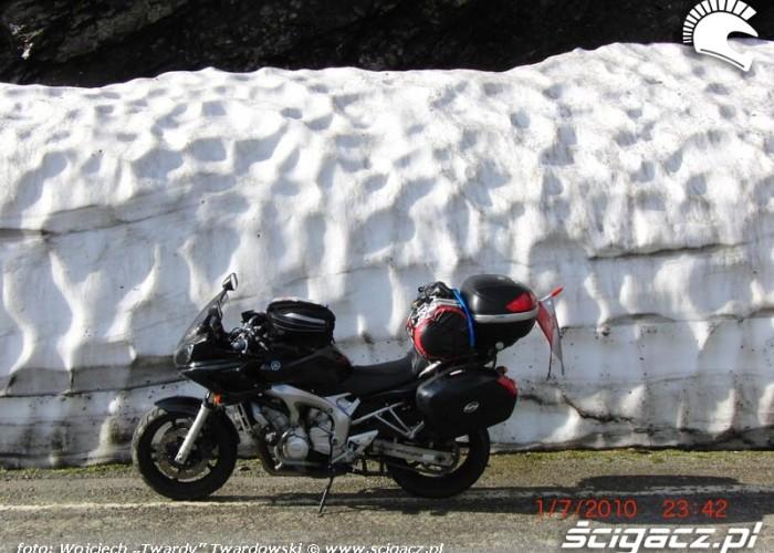 Troche zimy w srodku lata