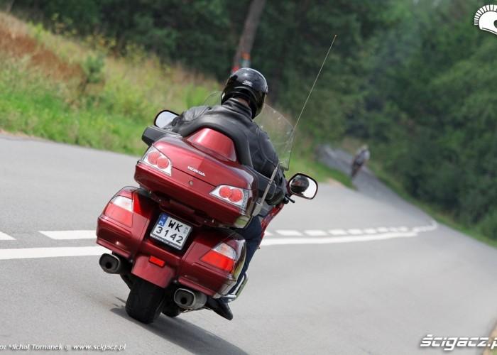 Honda Goldwing w trasie jazda 6
