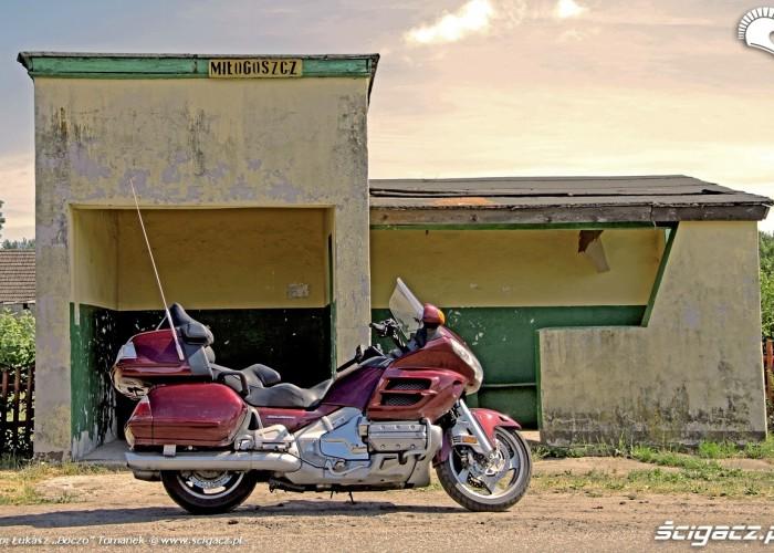 Honda Goldwing w trasie przystanek Miloguszcz