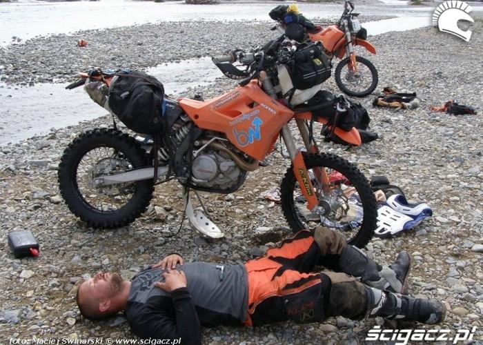 15 zatopienie1 motosyberia reaktywacja wodowanie motocykli