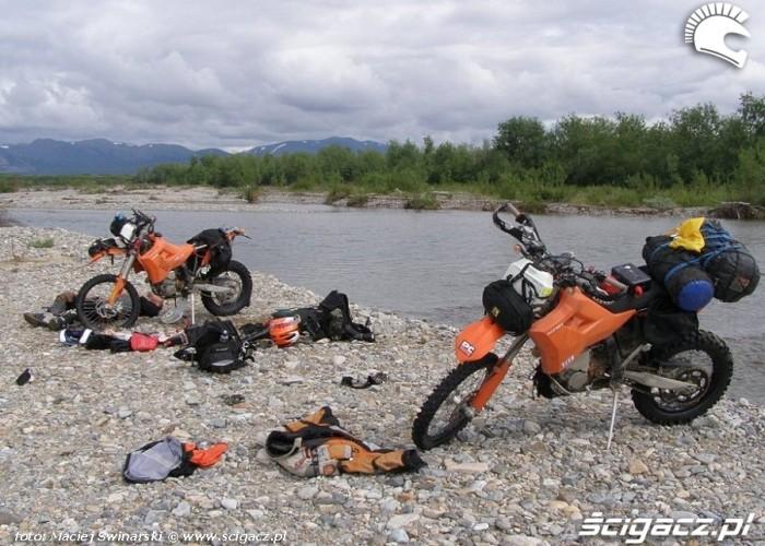 15 zatopienie2 motosyberia reaktywacja wodowanie motocykli