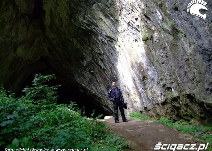 14 jaskinia