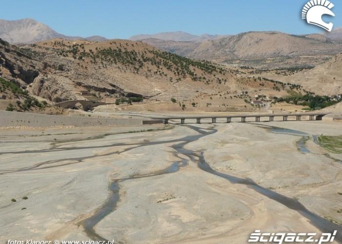 widok na mosty skuterem do turcji