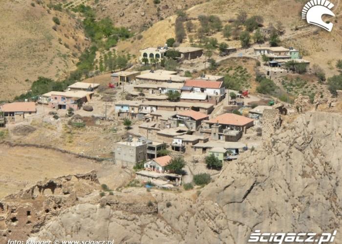 wioska kurdyjska skuterem do turcji