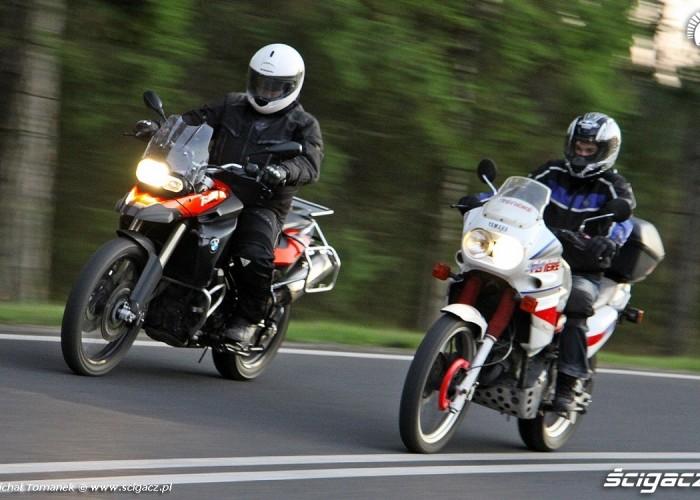 BMW Yamaha w trasie