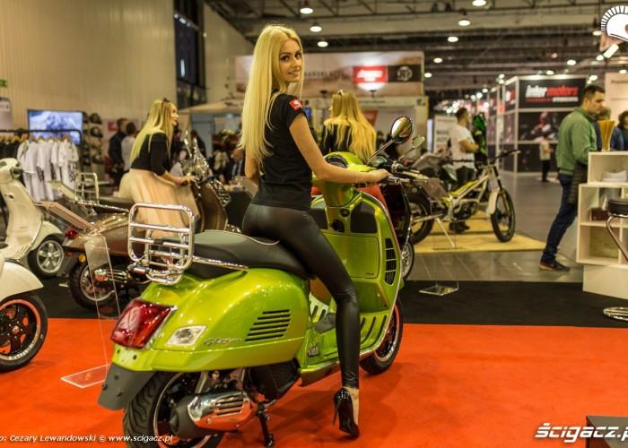 Targi motocyklowe Moto Expo 2017 laska scigacz pl na skuterze