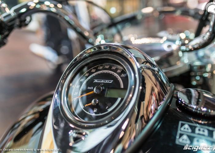 Warszawa Moto Expo 2017 zegar thunderbird